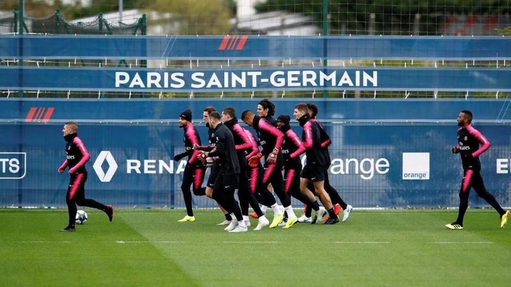"""""""التجاوزات"""" تهدد مسيرة النادي الباريسي في دوري الأبطال"""