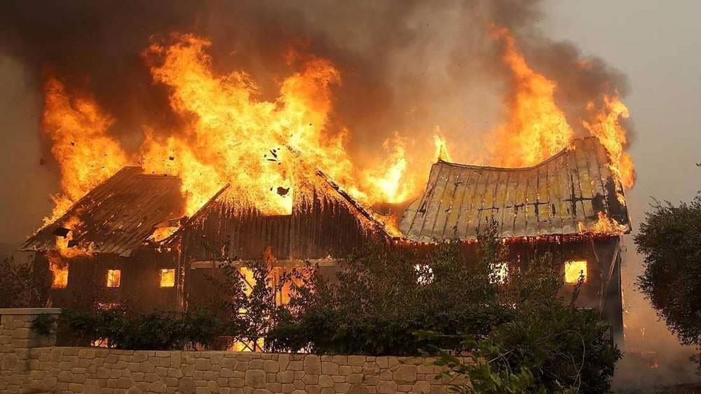 ارتفاع كبير بعدد القتلى ومئات المفقودين في حرائق كاليفورنيا