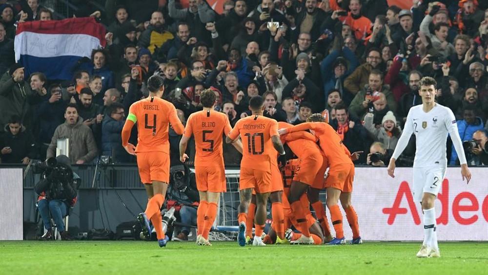 هولندا تصعق بطل العالم في دوري الأمم.. وألمانيا تهبط