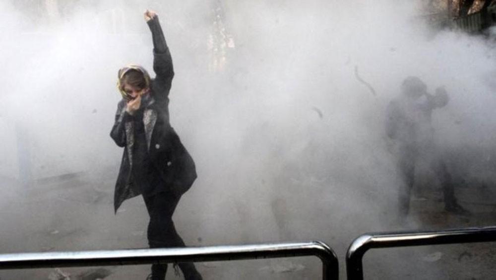 أحزاب وقوى سياسية إيرانية تأتلف لإسقاط نظام طهران