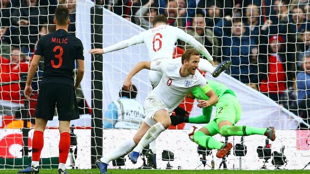 كين يسقط كرواتيا ويقود إنجلترا لنصف نهائي دوري الأمم