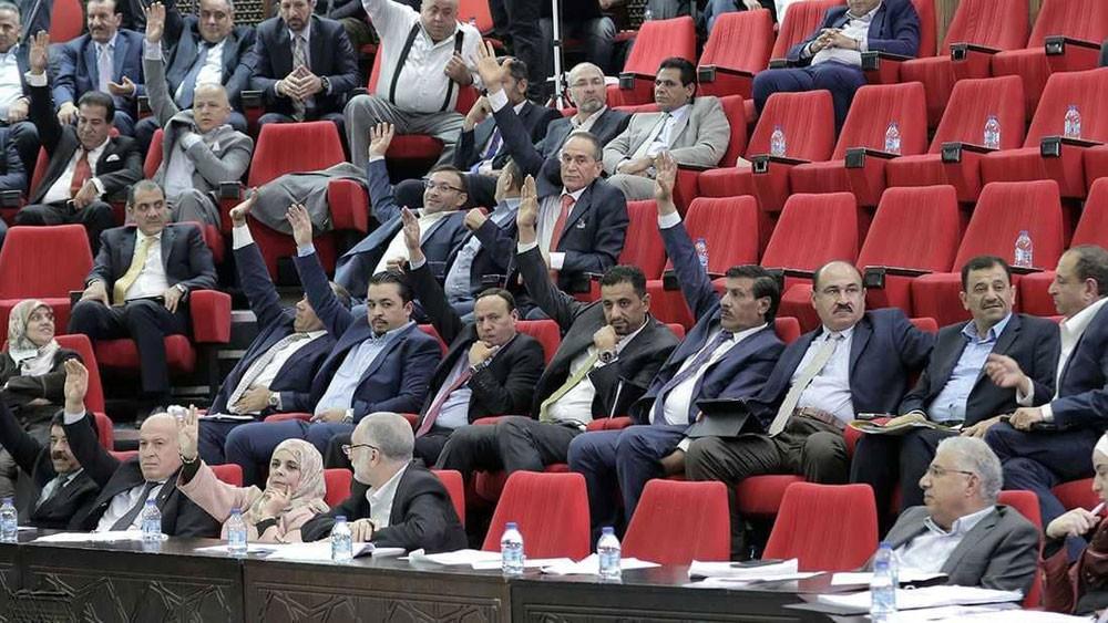 مجلس النواب الأردني يقر مشروع قانون ضريبة الدخل