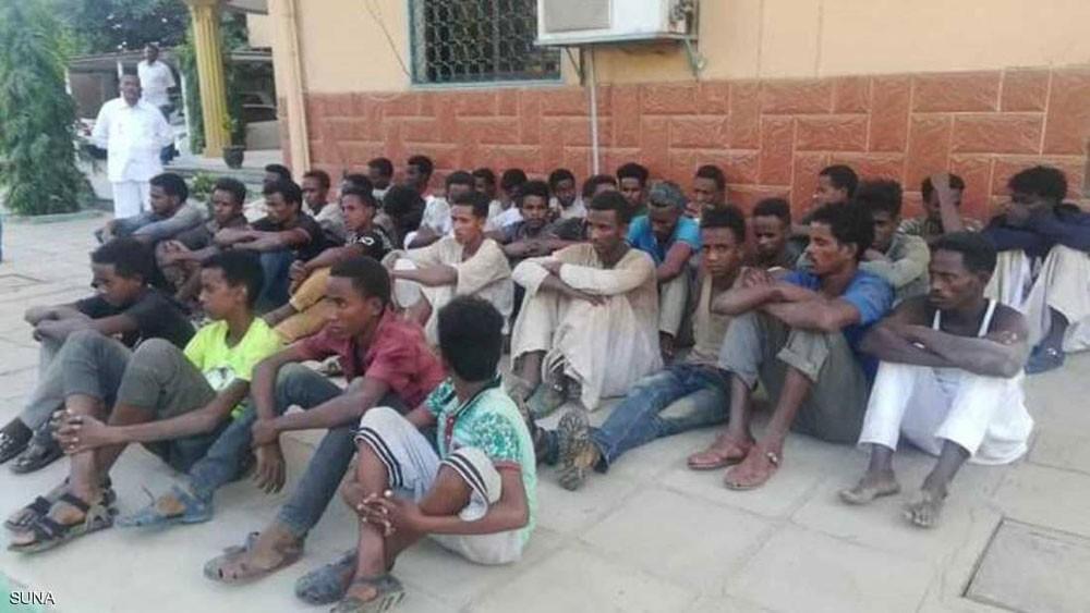 استعباد واغتصاب في غابة.. الأمن السوداني ينقذ الضحايا