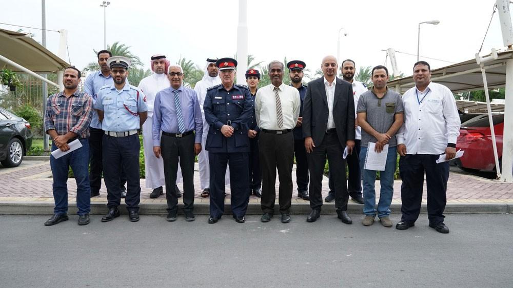 مديرية شرطة محافظة المحرق تعاين من خلال فريق مشترك من الجهات ذات الصلة ، مبنى يستخدم سكنا عماليا مخالفا لاشتراطات السلامة
