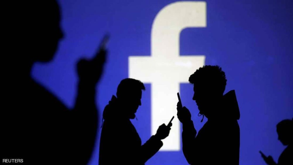 خلل يعطّل فيسبوك وإنستغرام