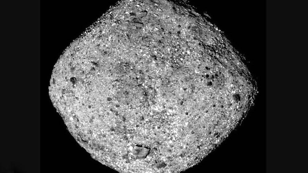 """مركبة ناسا تقترب من كويكب """"سيصطدم بالأرض"""""""