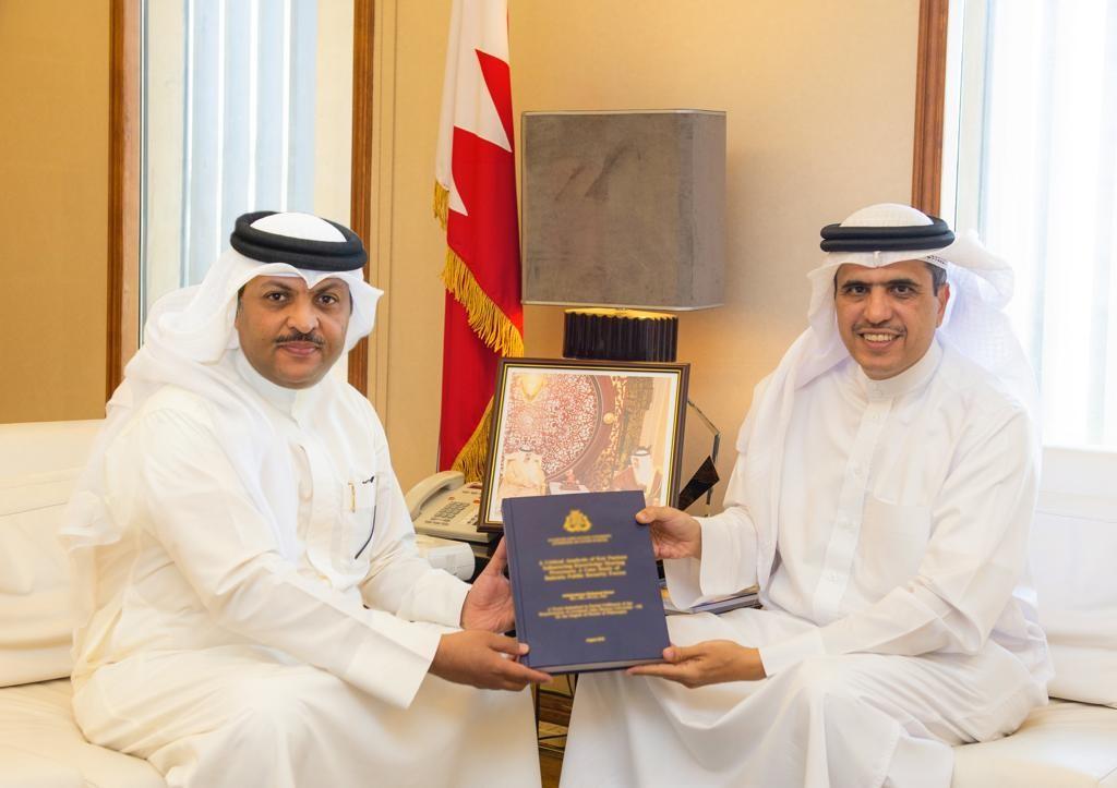 وزير الإعلام يستقبل وكيل الوزارة الدكتور عبدالرحمن بحر