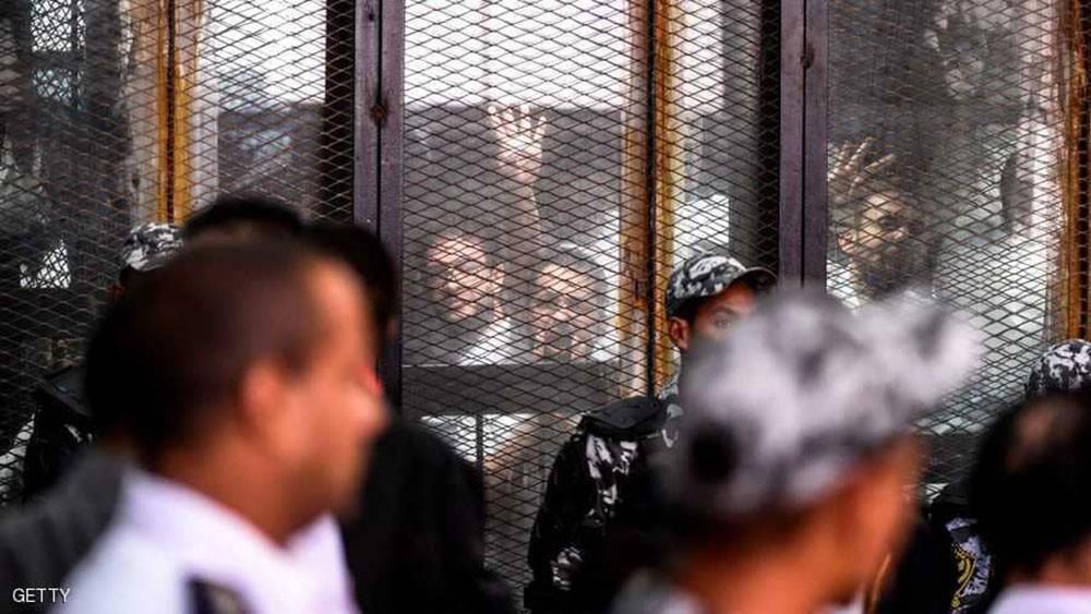 مصر.. المؤبد لمرشد الإخوان ونائبه