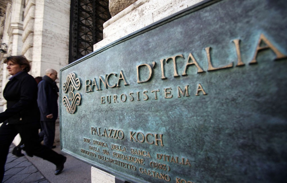 الشركات والبنوك الإيطالية تتجه لبيع أقل مقدار من الديون خلال عام