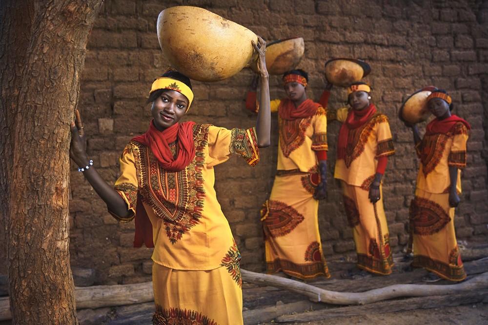 التانغو يستعرض يوميات مدن سودانية