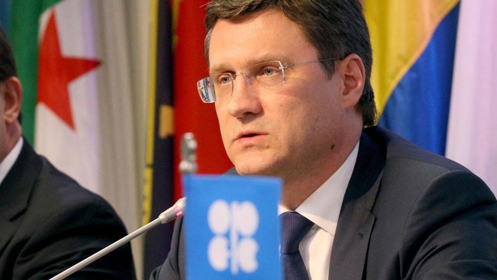 نوفاك: روسيا ستسعى لاتفاق بشأن تخفيضات إنتاج النفط