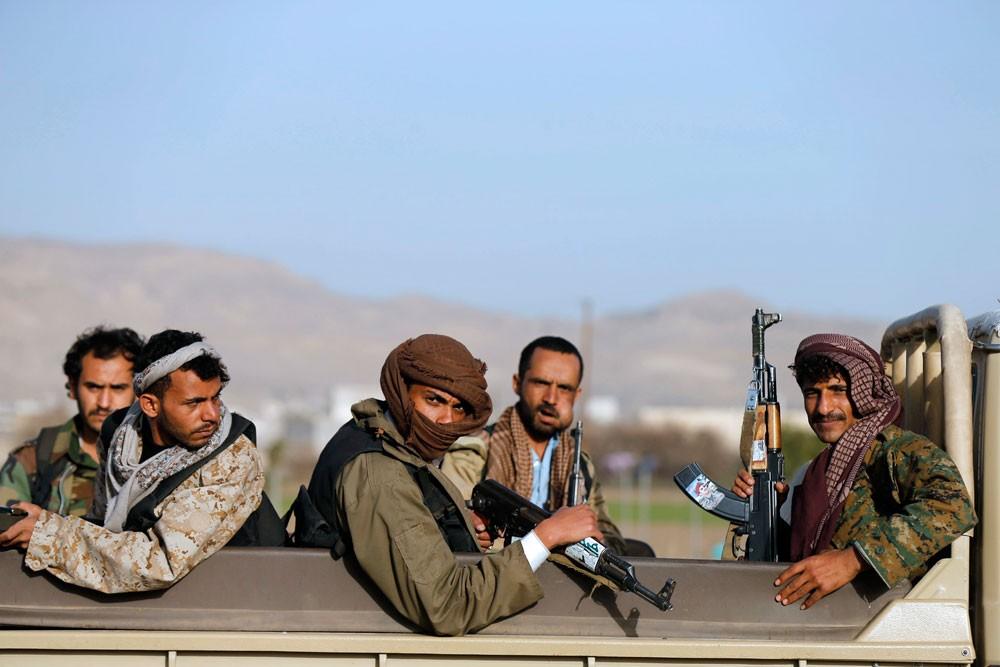 تقرير مرعب يكشف عمليات تعذيب وحشية بالسجون الحوثية