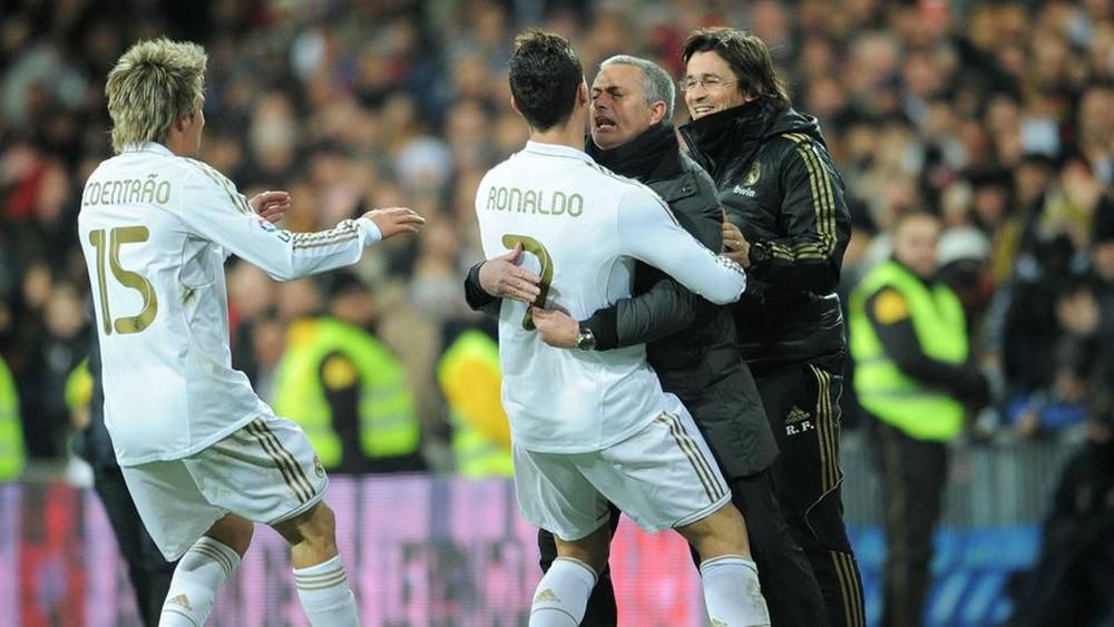 هل يعود مورينيو إلى قيادة ريال مدريد من جديد؟