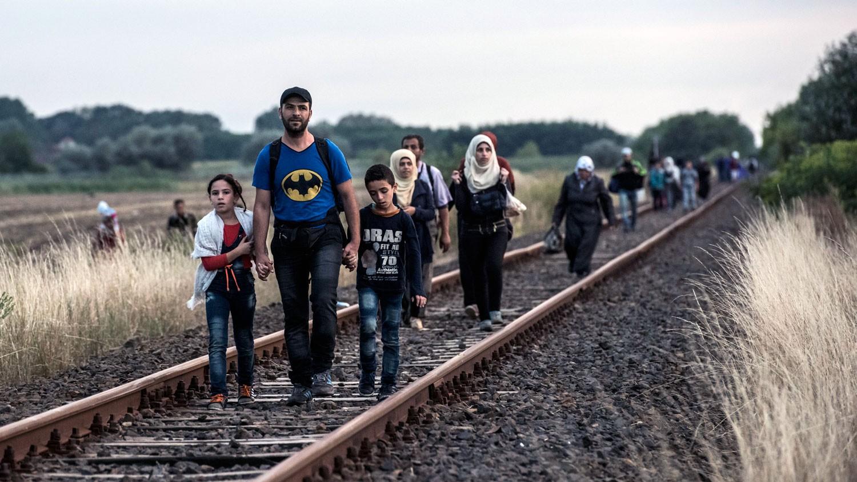"""تهريب المهاجرين إلى بريطانيا.. طريقتان وقائمة أسعار """"مخفضة"""""""