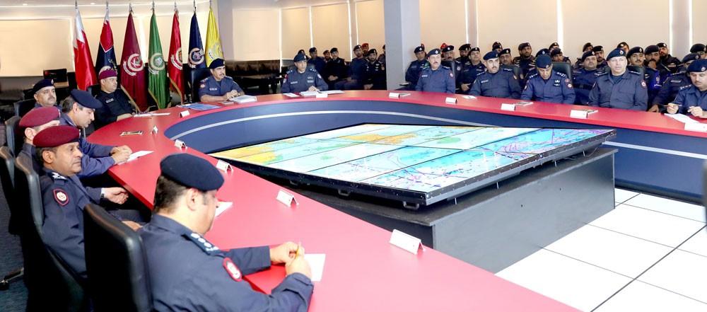 وزير الداخلية يشيد بالاستعداد والجاهزية العالية بتمرين خفر السواحل