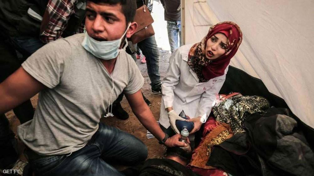 """بالأدلة.. تحقيق جديد يكشف ملابسات مقتل """"المسعفة الفلسطينية"""""""
