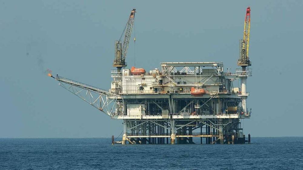 """النفط يرتفع على خلفية """"مباحثات 7و8 يناير"""""""