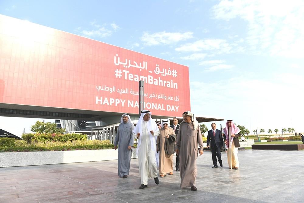 """معالي الشيخ خالد بن عبد الله يزور """"خليج البحرين"""" ويتفقد آخر التطورات الإنشائية"""