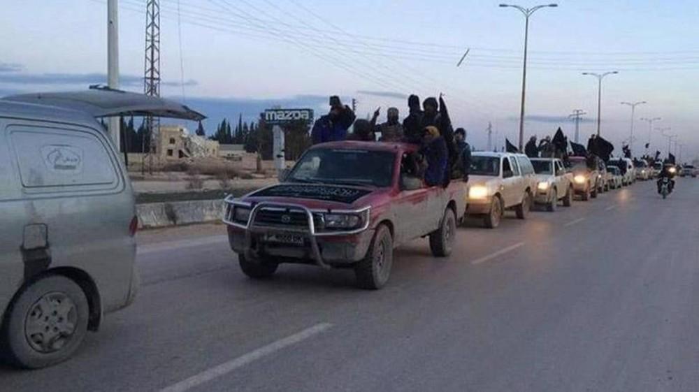 """الأتارب في قبضة """"النصرة"""".. وفصائل البلدة تفر إلى عفرين"""