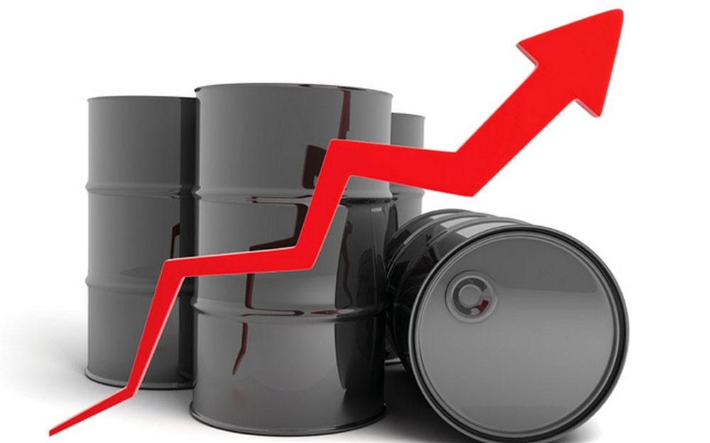 أسعار النفط تستقر مدعومة بتخفيضات أوبك