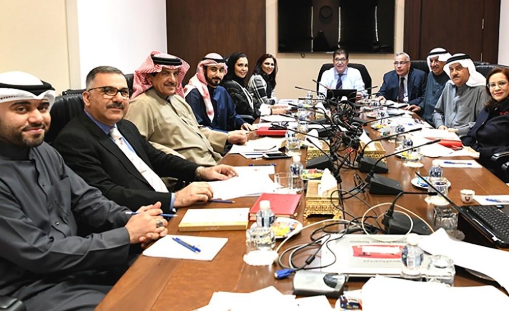 لجنة الرد على الخطاب الملكي السامي بمجلس الشورى ترفع تقريرها النهائي لهيئة المكتب