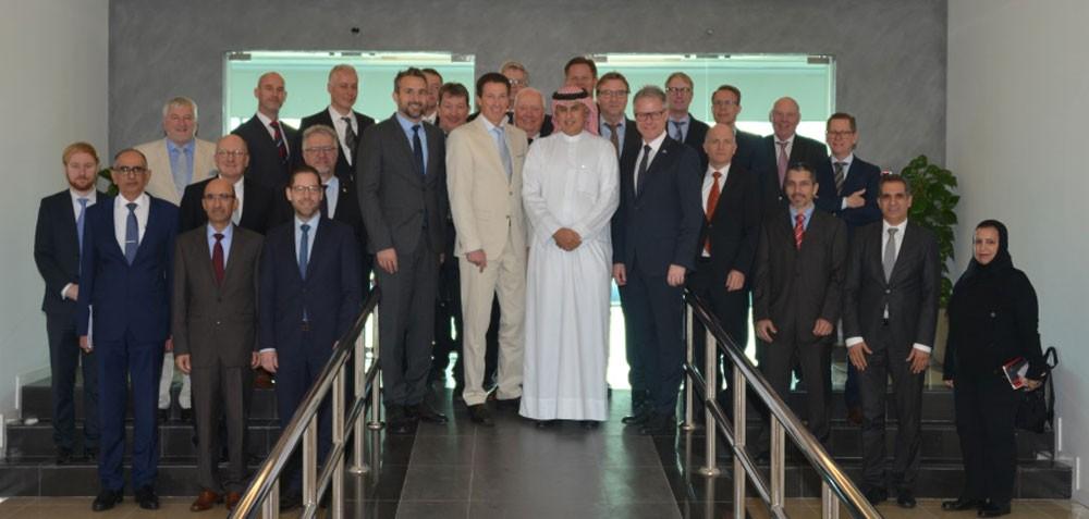 وزير الصناعة يجتمع برئيس وأعضاء الوفد الاقتصادي الألماني