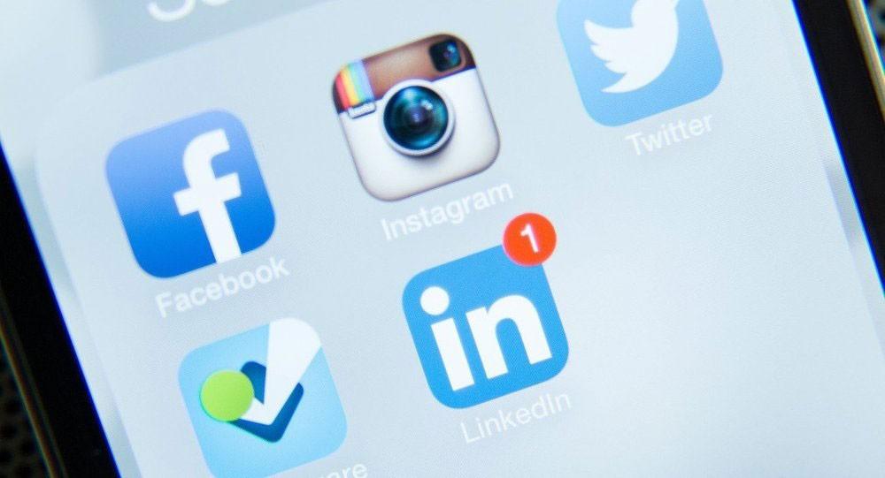 """10 مخالفات على """"التواصل الاجتماعي"""" تؤدي إلى السجن"""