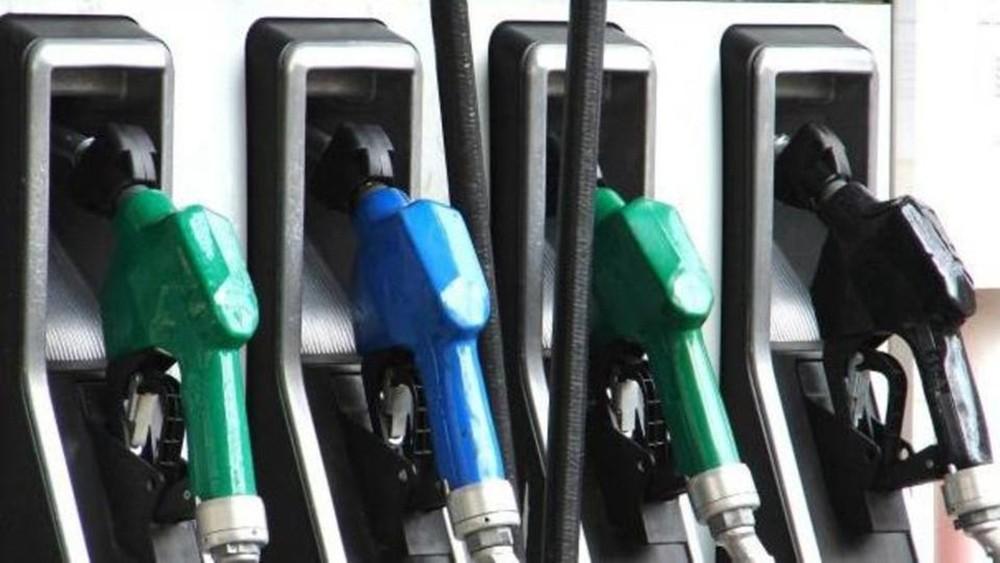 أرامكو تعلن خفض سعر البنزين أوكتين 95 بالسعودية