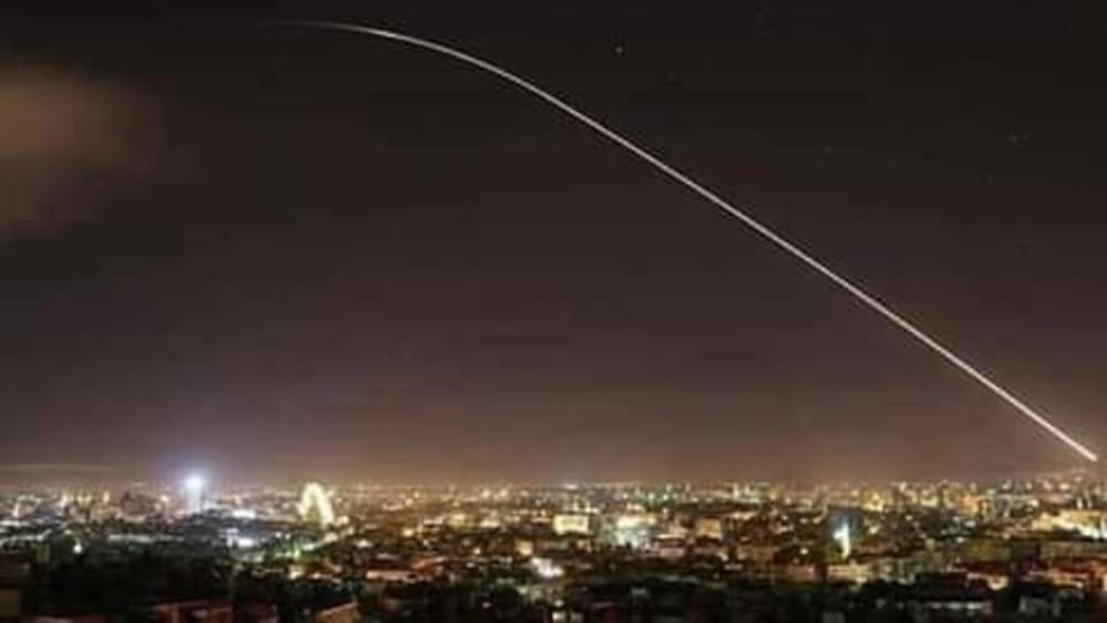 سوريا.. غارات تستهدف مستودعات إيرانية في دمشق