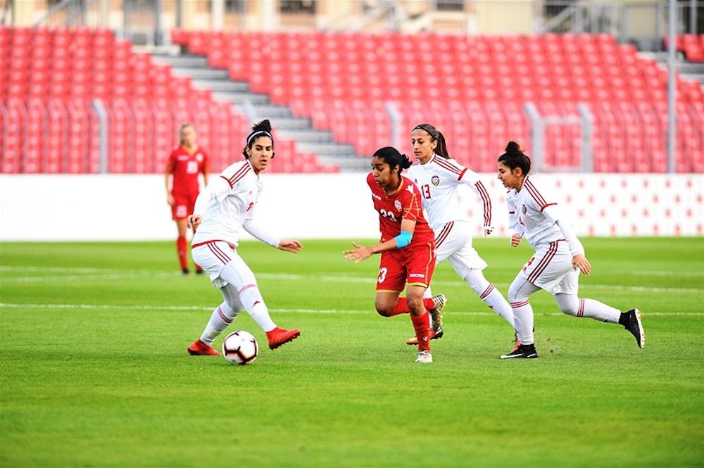 سيدات الأحمر يكتفين بالتعادل أمام الإمارات والأردنيات يفزن على الفلسطينيات