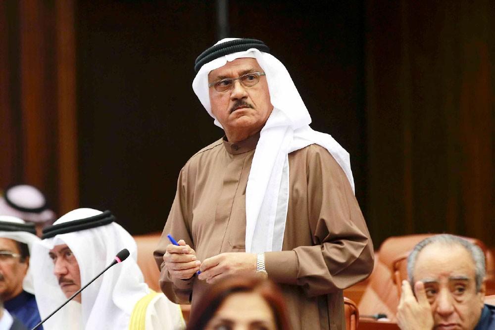 """""""ربع البحرينيين متعاطون""""... غلطة الحداد"""