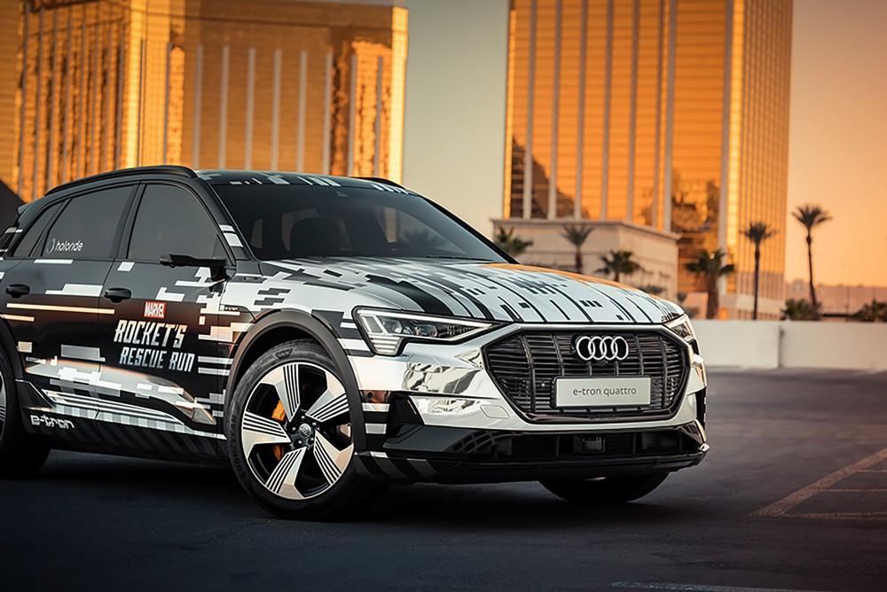 أودي تحوّل السيارة إلى منصة لتجربة الواقع الافتراضي