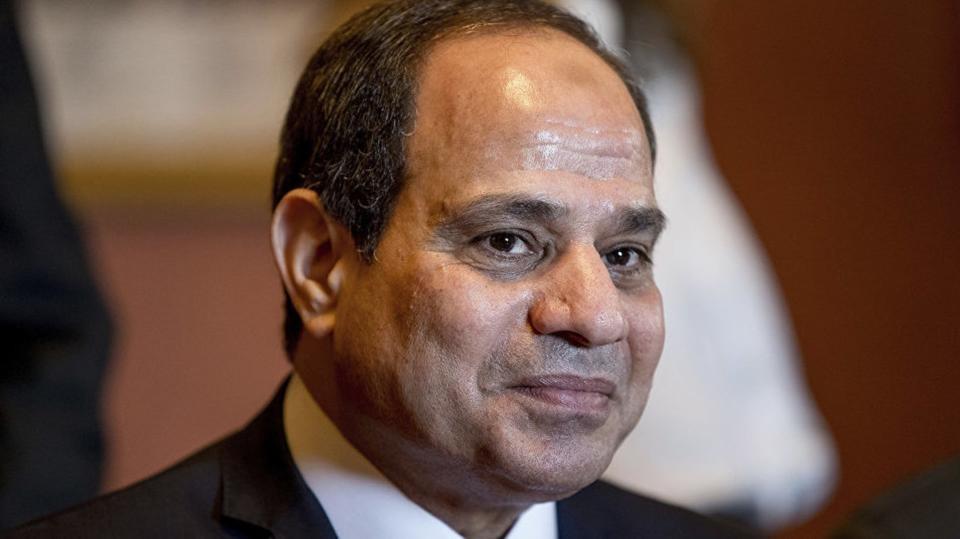مصر.. منع الوزراء والمسؤولين من السفر إلا بإذن رئاسي