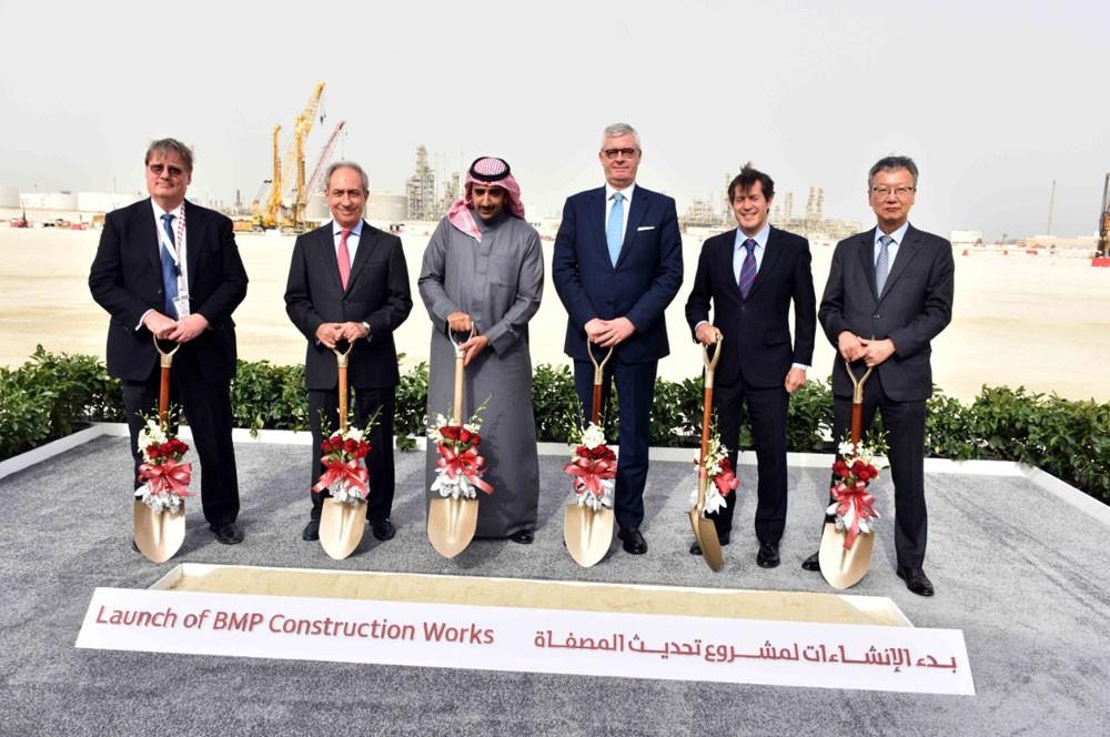 معالي وزير النفط يرعى مراسم تدشين إنشاءات مشروع تحديث المصفاة