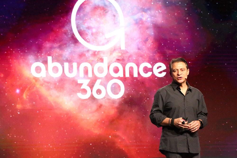 """أبرز الشخصيات في التقنيات الناشئة يشاركون بـ """"Abundance 360"""""""