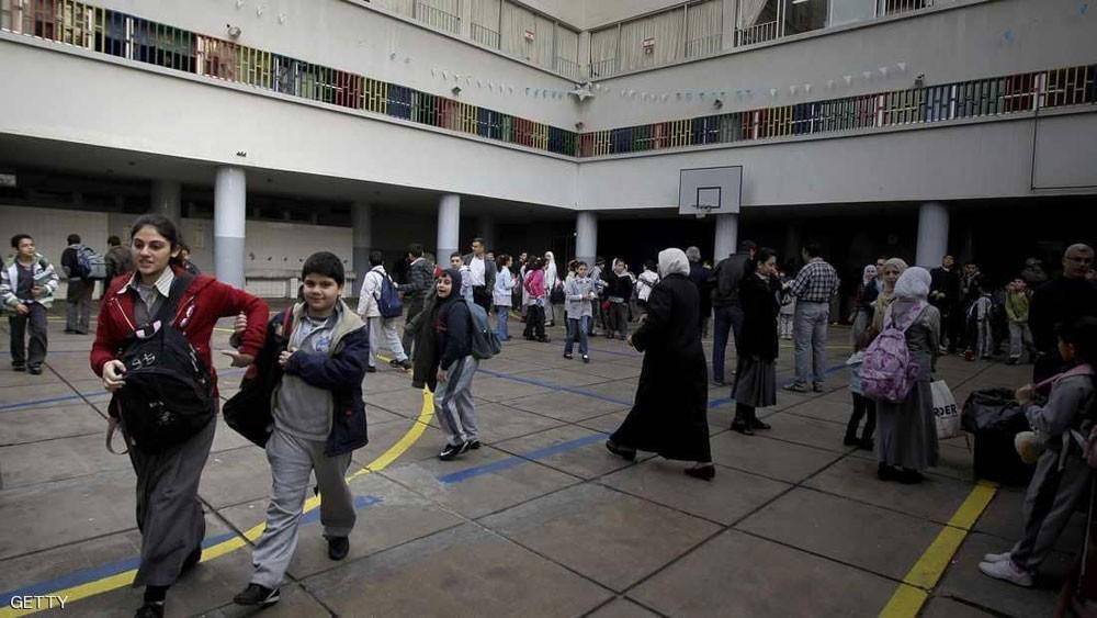 انتحار يهز لبنان.. مصاريف الدراسة تحرق أبا والوزارة ترد