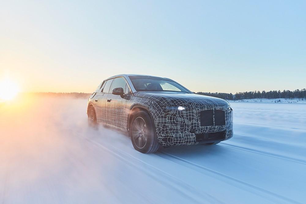BMW iNEXT تخوض الاختبارات الشتوية