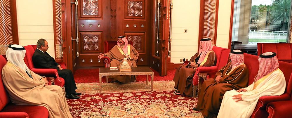 جلالة الملك المفدى يستقبل وزير البلديات ووكيل الزراعة والثروة البحرية