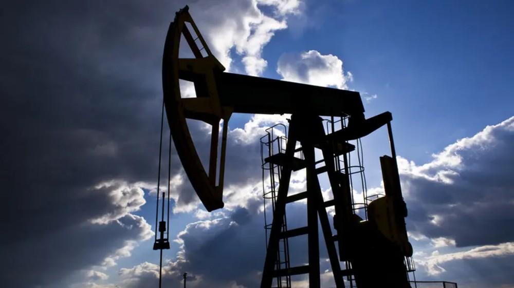 مخزونات النفط الأميركية تهبط 998 ألف برميل يومياً