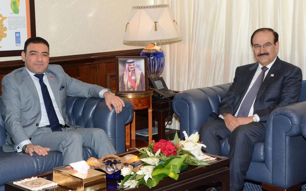 ميرزا يستقبل القائم بأعمال السفير العراقي في مملكة البحرين