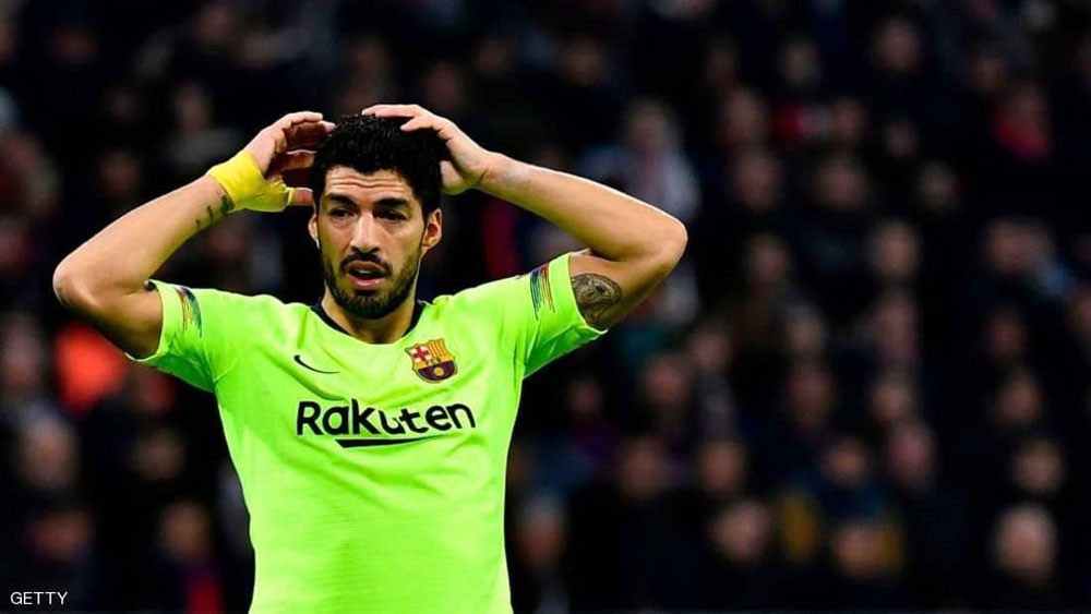 """بعد الأداء الكارثي لسواريز.. برشلونة يحدد """"قائمة البدلاء"""""""
