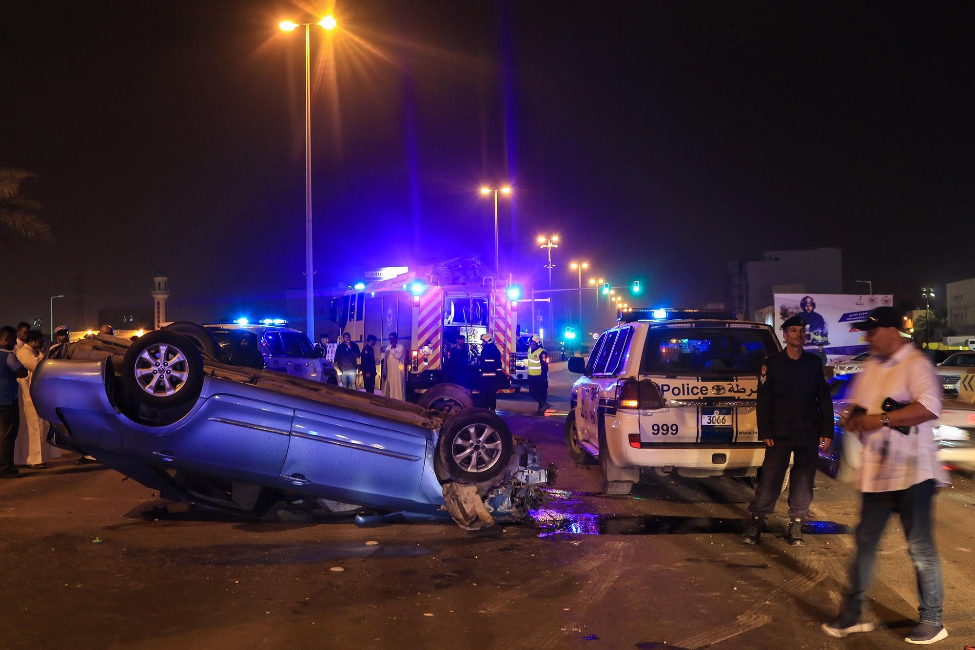 بالصور : وفاة شاب بحريني في حادث مروري بليغ على شارع الشيخ جابر الأحمد الصباح