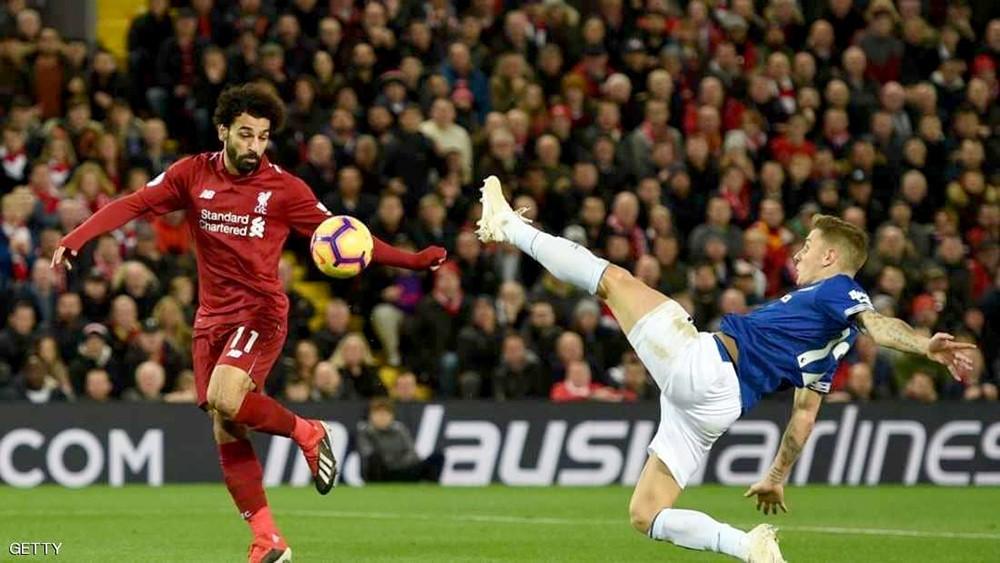 """اعتراف """"جريء"""" لمدافع إيفرتون يغضب أنصار ليفربول قبل الديربي"""