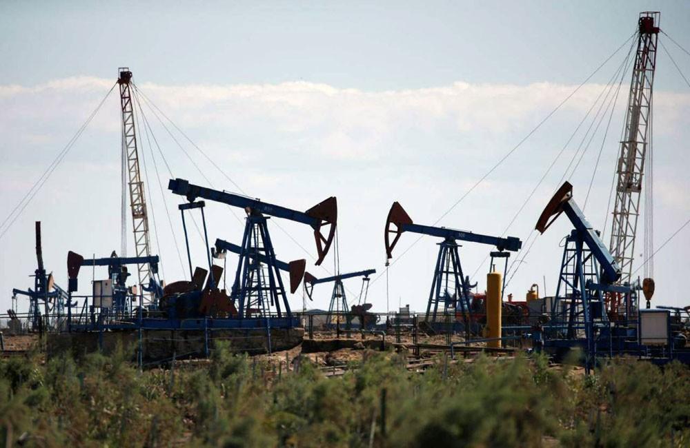 النفط يرتفع بفعل آمال اتفاق التجارة