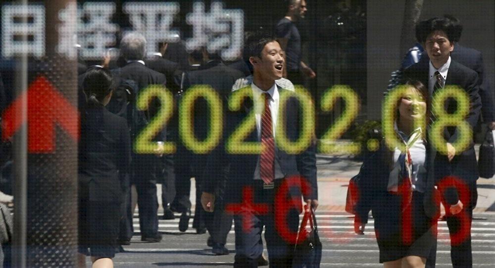 """مؤشر """"نيكي"""" ينخفض 0.31% في بداية التعامل بطوكيو"""