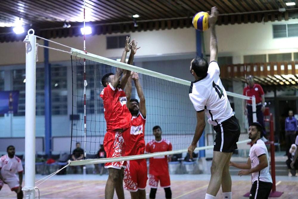 البحرين يوجع البوليتكنك على أرضه في كرة الطائرة