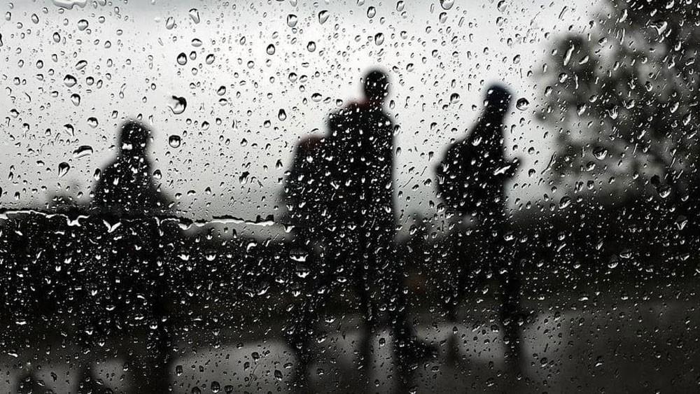 كيف يؤثر المطر على مزاجك؟.. دراسة تجيب