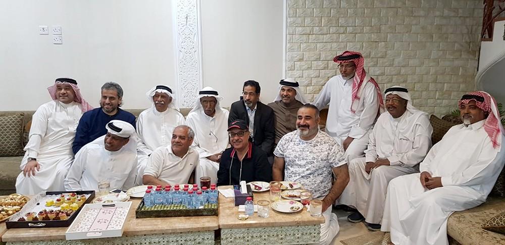 مسرح أوال يزور الفنان القدير محمد عواد في منزله