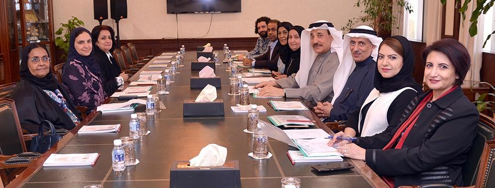 وزير العمل والتنمية الاجتماعية يستقبل مدير عام مكتب صاحبة السمو الأميرة سبيكة بنت إبراهيم آل خليفة