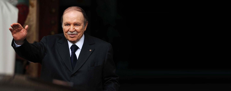 بوتفليقة ينسحب من الانتخابات الرئاسية ويؤجل موعدها